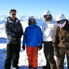 Da boys at the top of the world...freezing cold, M. Photo: Ruroc snowboarding crew. Rider: Steve, Mikie, Bob, Paul and Travis.