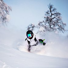 Another local, Emma Steneberg diving deep #KIPOW.. Photo: Evelina Rönnbäck.